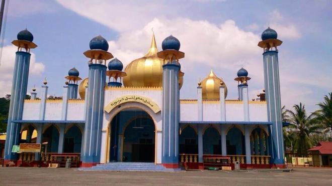 mosqué, Malaisie | hintmytrip.com Blog tour du monde sac-a-dos