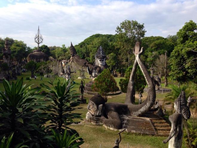ruines Buddha Park, Vientiane, Laos   hintmytrip.com - Blog voyage tour du monde sac-a-dos